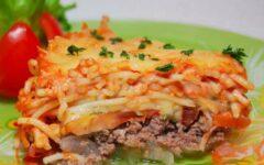 Мясная запеканка с макаронами и овощами