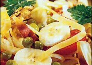 фруктовый салат на новый год с овощами и макаронами