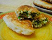 Пирожки жаренные с луком и яйцом