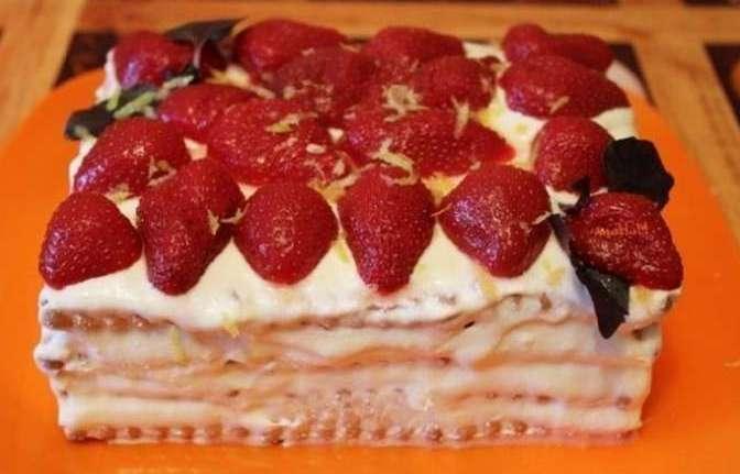 Рецепт торта без выпечки из печенья с творожным кремом