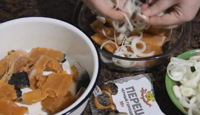 Как засолить горбушу быстро и вкусно - рецепты в домашних условиях