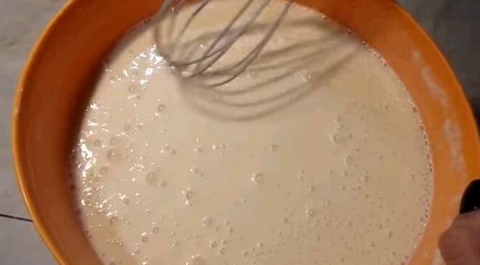 Блины на кефире с кипятком — рецепты тонких блинов с дырочками