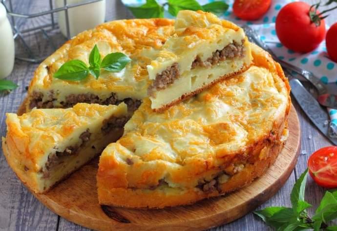 Заливной пирог на кефире с мясом