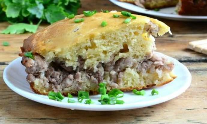 очень вкусный заливной пирог с мясной начинкой