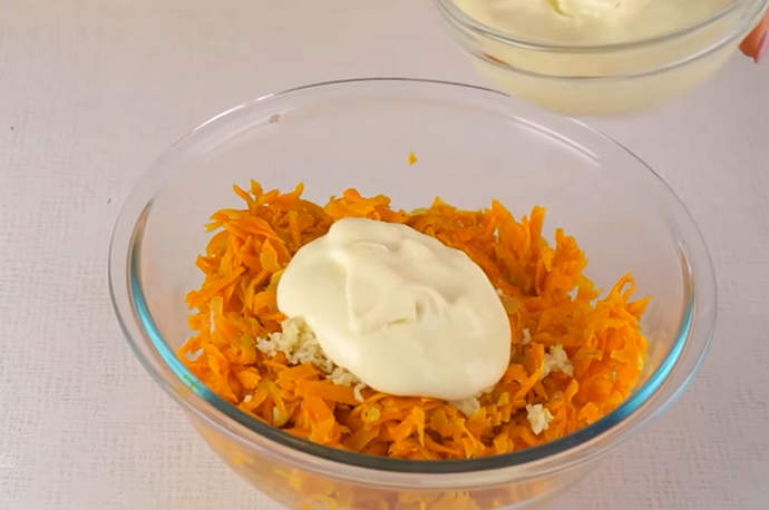 готовим морковную начинку