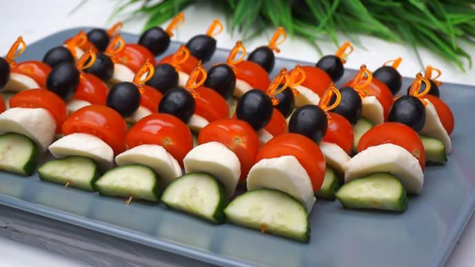 канапе из овощей и сыра