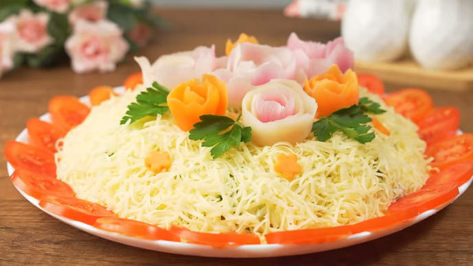 салат с цветами на 8 марта