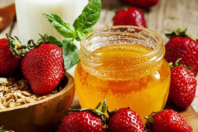 клубника с медом