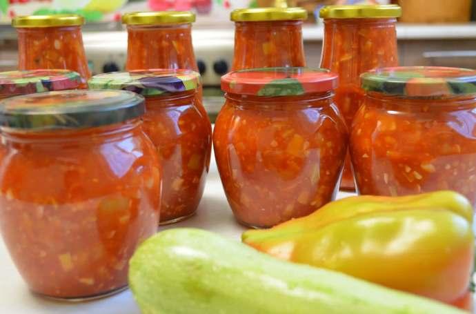 Кабачки в кетчупе на зиму