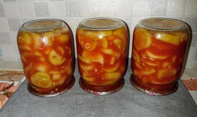 огурцы в кетчупе чили резанные кусочками