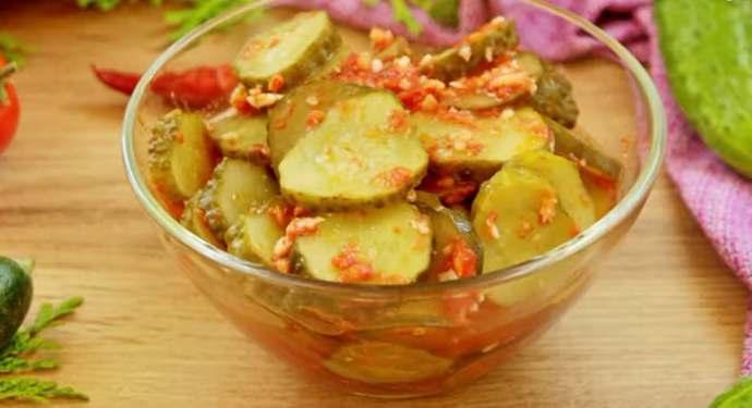 салат из огурцов по-грузински