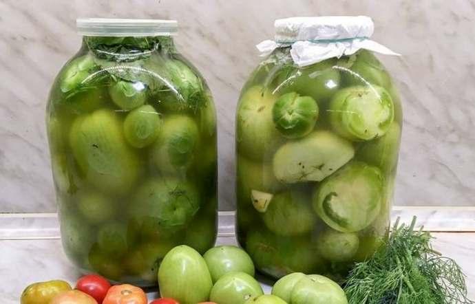 Соленые зеленые помидоры холодным бочковым способом – рецепт пальчики оближешь