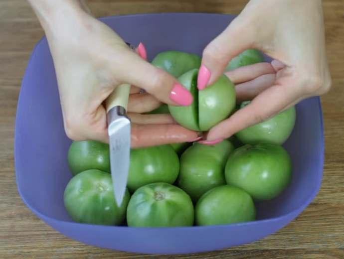 Зеленые помидоры по-грузински на зиму – самые вкусные рецепты с чесноком